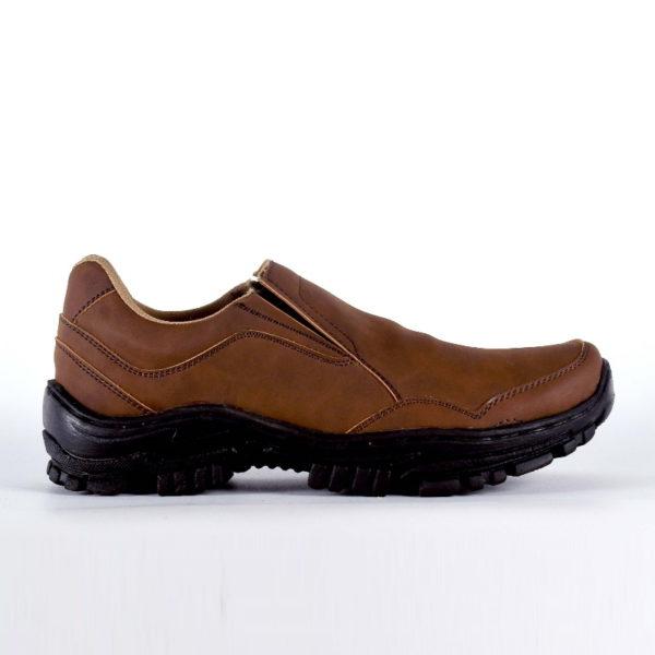 sepatu outdoor besar jason brown