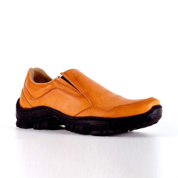 sepatu outdoor besar jason tan