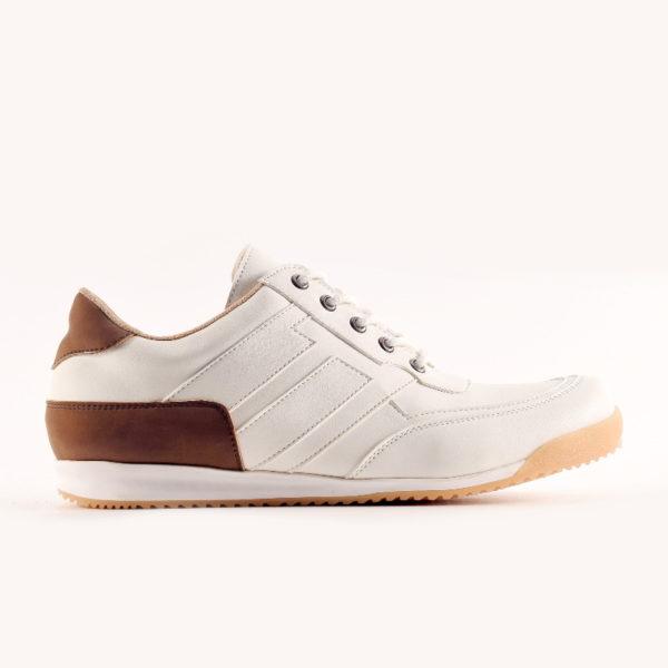 sepatu sneakers besar leroy white